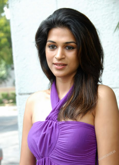 Autograph Kamapisachi Kannada Kamapisachi Actress Nudity Shriya Saran